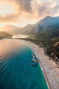 Sunset Oludeniz - une plage, Turquie dans Splendeur et photos 999105_490796394344932_1126732209_n-200x300